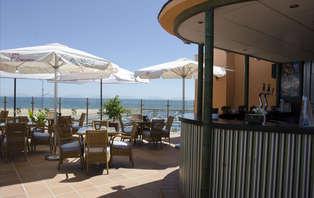 Oferta exclusiva: Pensión Completa con vistas al mar en Mazagón (desde 3 noches)