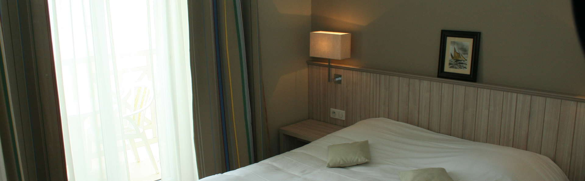 H tel antin a h tel de charme saint malo for Hotel saint malo jacuzzi chambre