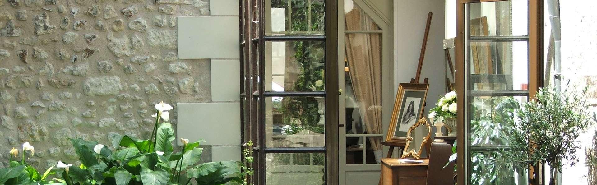 hotel le grand monarque centre hotel azay le rideau. Black Bedroom Furniture Sets. Home Design Ideas