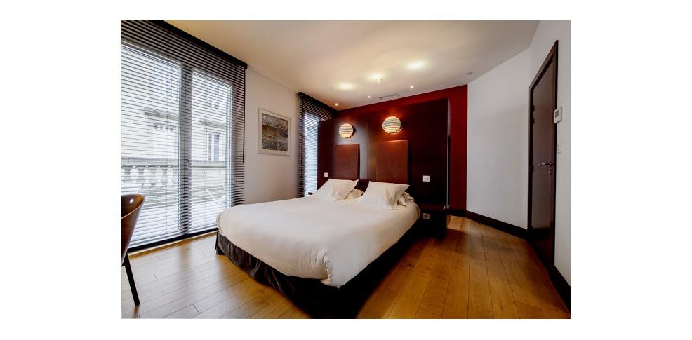 H tel la maison bord 39 eaux h tel de charme bordeaux for Bordeaux hotel de charme