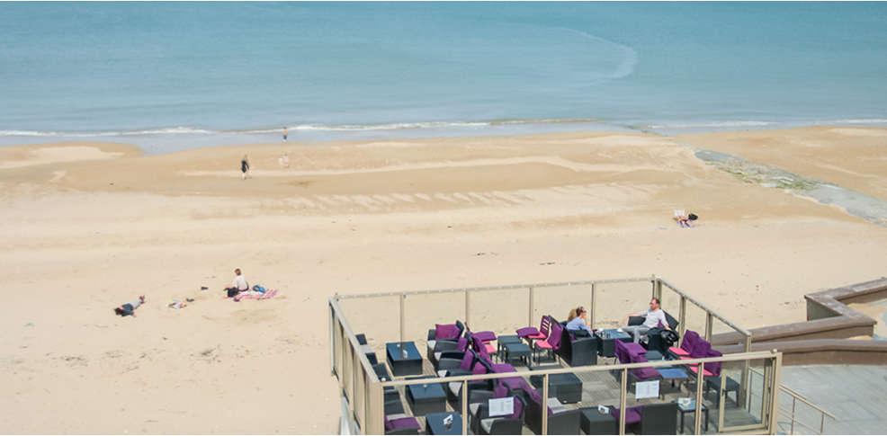 Week end courseulles sur mer 14 week end d tente en chambre vue sur mer sur la c te normande - La cremaillere cote mer et hotel cote jardin ...