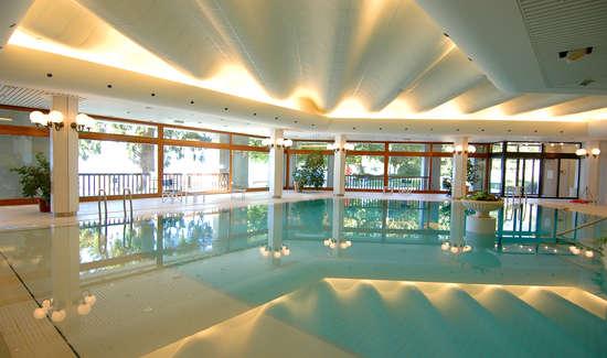 Week end d tente bien tre menthon saint bernard avec for Week end avec piscine interieure