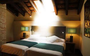 Escapada relax en Dúplex: Sueña bajo la luz de la Luna (desde 2 Noches)