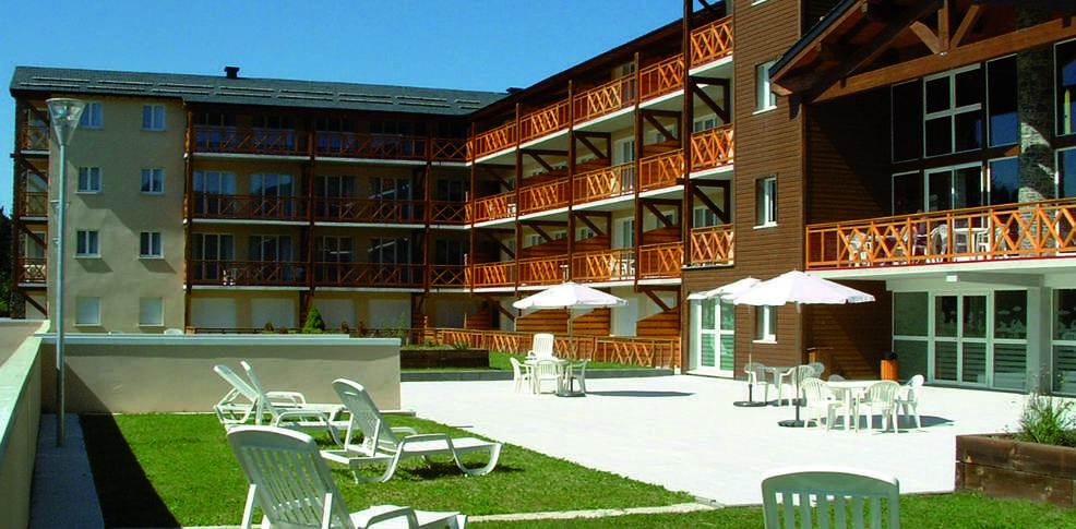 H tel vacanceole appart 39 vacances pyr n es 2000 h tel de for Appart hotel bretagne sud
