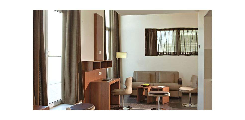 H tel appart city confort paris grande biblioth que h tel for Park suite appart hotel