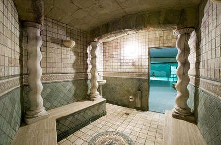 Escapada Cultural: enamórate de Denia, en Junior Suite, Spa y visita al Castillo