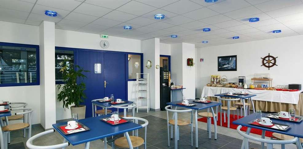 H tel appart 39 city brest place de strasbourg h tel de for Appart city amsterdam