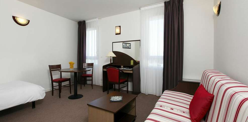 Hotel appart 39 city brest place de strasbourg charmehotel brest for Appart city hotel amsterdam