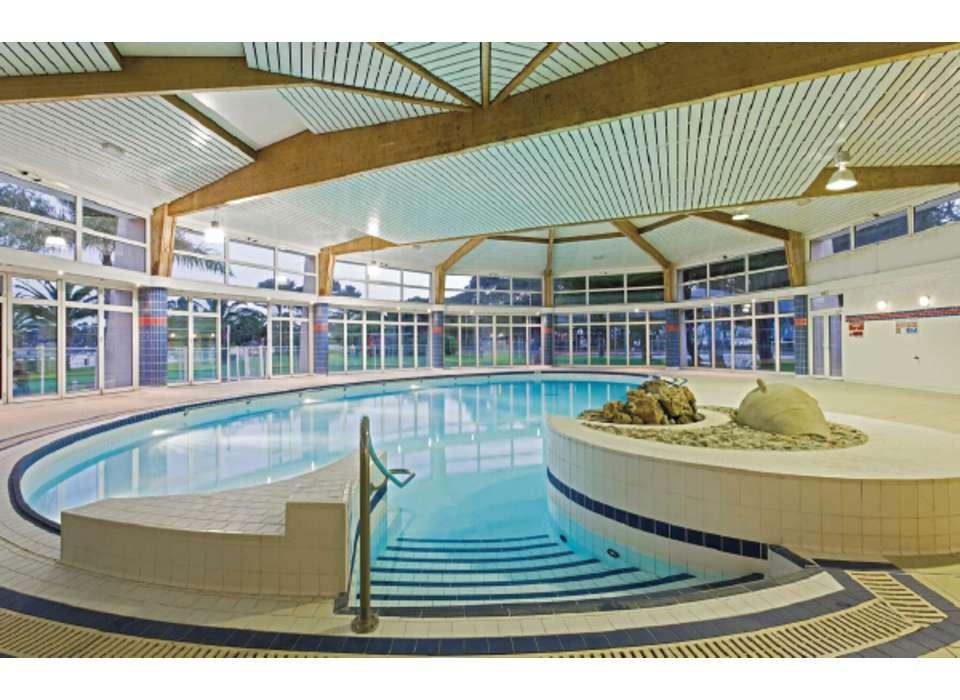 Week end a la mer hy res avec cocktail de bienvenue pour 2 for Club piscine shawi sud
