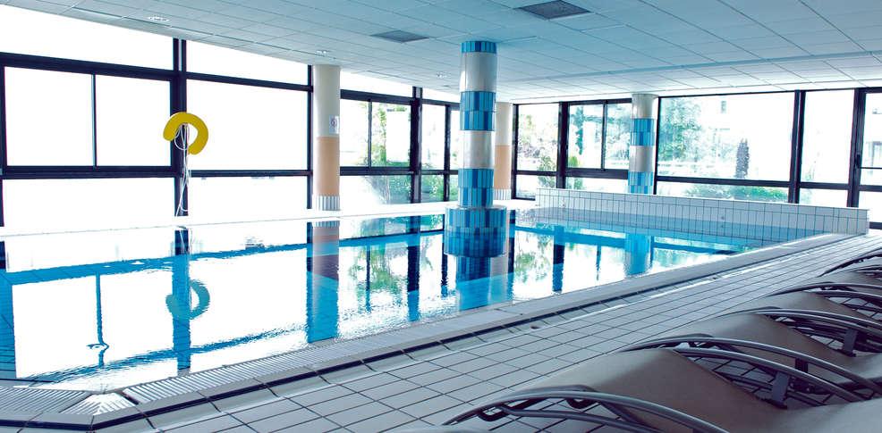 Golden tulip aix les bains piscine int rieure for Week end avec piscine interieure