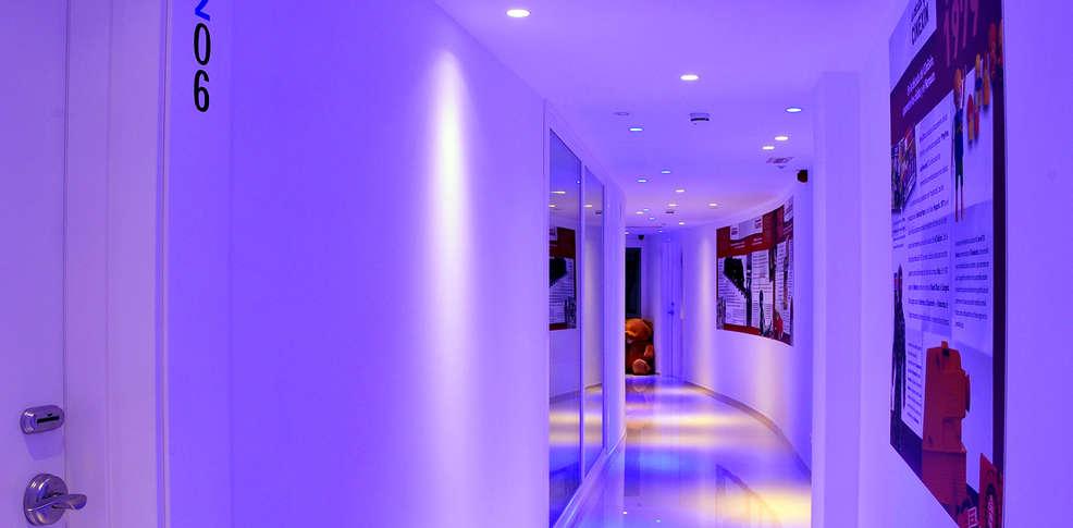 hotel ibi granada: