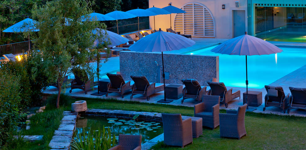 le couvent des minimes h tel spa l 39 occitane charmehotel mane en provence 04. Black Bedroom Furniture Sets. Home Design Ideas