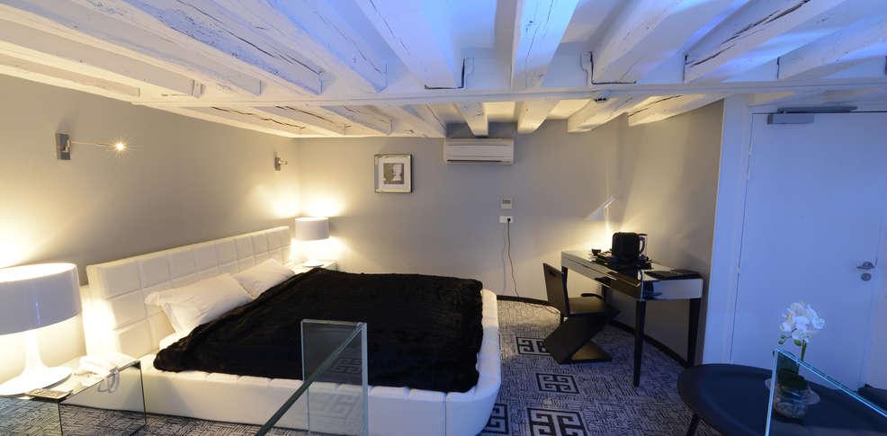 art h tel tours h tel de charme rochecorbon 37. Black Bedroom Furniture Sets. Home Design Ideas
