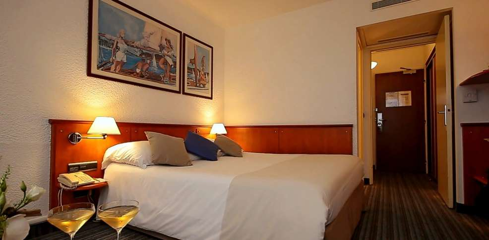 carnac thalasso spa resort h tel 3 h tel de charme carnac. Black Bedroom Furniture Sets. Home Design Ideas