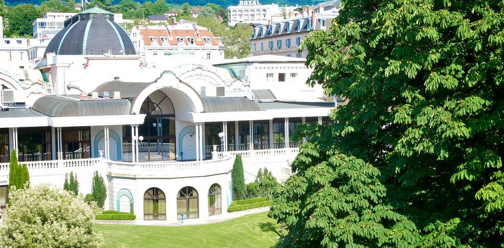 H tel le garden by golden tulip h tel de charme aix les for Hotel de charme paca