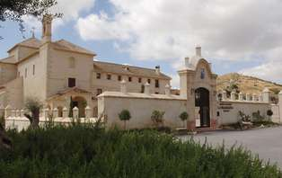 Escapada con acceso al spa rodeado de encanto en Antequera