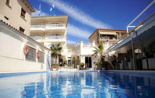 Venez découvrir le paradis dans un hôtel situé dans une baie de la Costa Brava