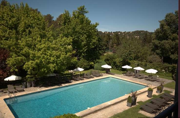 H tel le prieur villeneuve les avignon h tel de charme for Hotel avignon piscine