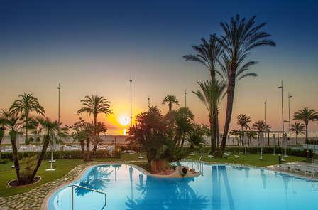 Escapada Mediterránea: Media Pensión con relax en Gandía (desde 3 noches)