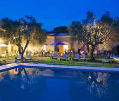 Week-end surclassé en suite avec dîner gastronomique près du pont du Gard