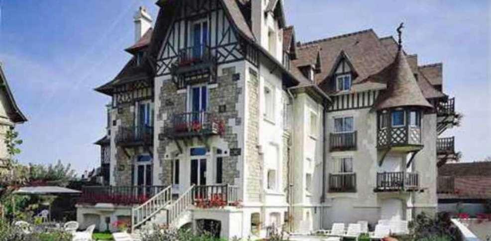 Hôtel Augeval - Façade