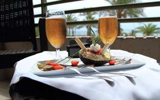 Escapada con Cena en frente del mar de Alicante