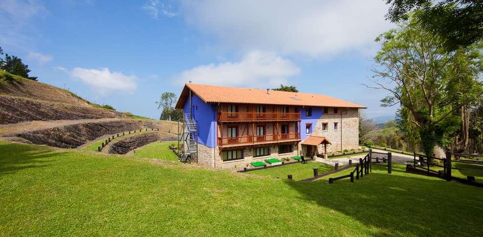 Hotel apartamento rural atxurra h tel de charme bermeo for Reservation hotel pas chere