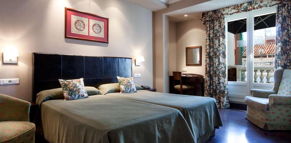 Hotel moderno hotel madrid for Hotel moderno madrid booking