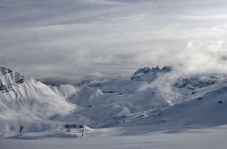 Spécial ski: Week-end avec spa, dîner et forfaits à Vallnord (à partir de 2 nuits)
