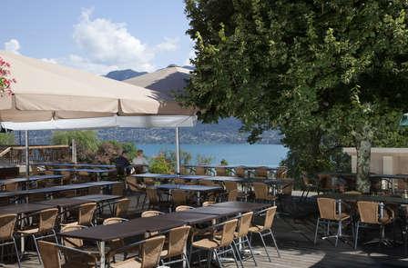 Offre Spéciale: Week-end avec dîner dans un restaurant panoramique avec vue sur le lac, à Annecy