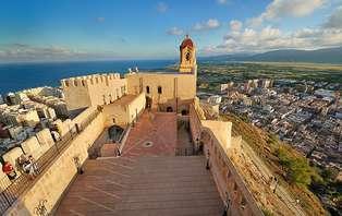 Escapada con cena y visita al Castillo de Cullera (desde 2 Noches)