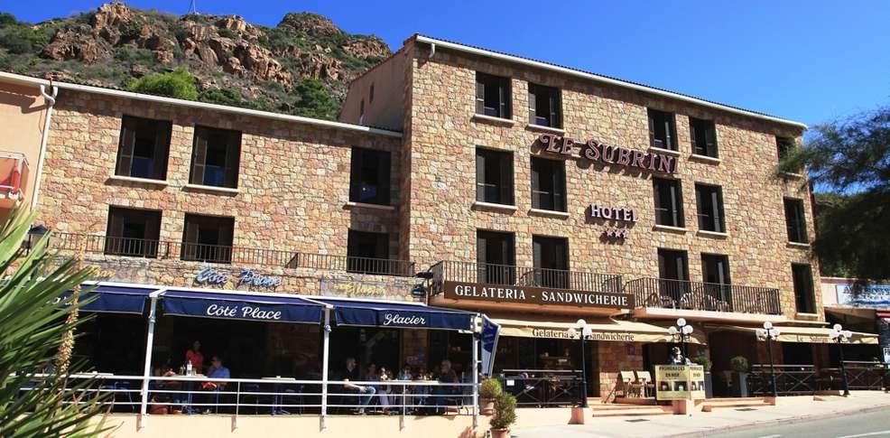 H tel le subrini h tel de charme porto for Reservation hotel pas chere