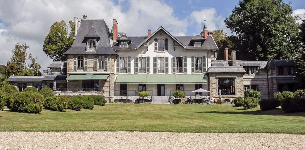 Hotel La Villa Navarre Pau