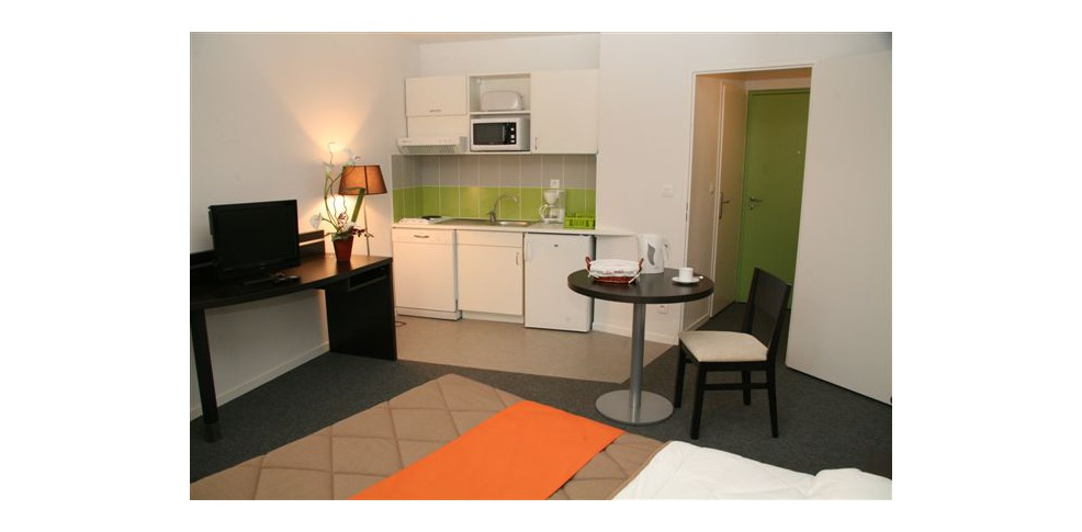 Nemea Nancy Appart Hotel H 244 Tel De Charme Nancy