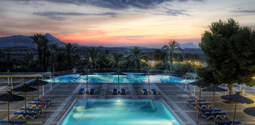 Hotel balneario leana hotel balneario de fortuna - Banos de archena ...