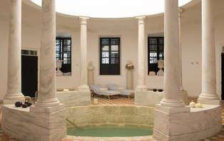 Escapada relax con circuito thermal y yoga en un hotel de lujo