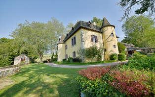 Week-end romantique dans un chateau sur les montagnes du Cantal à côté d'Aurillac