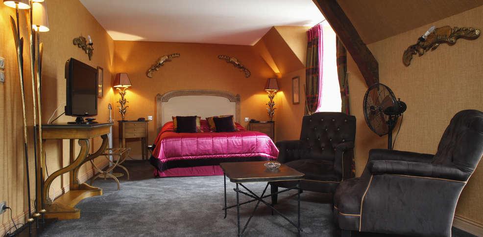 ... (02), Week-end du00e9tente en amoureux en chambre deluxe pru00e8s de Reims