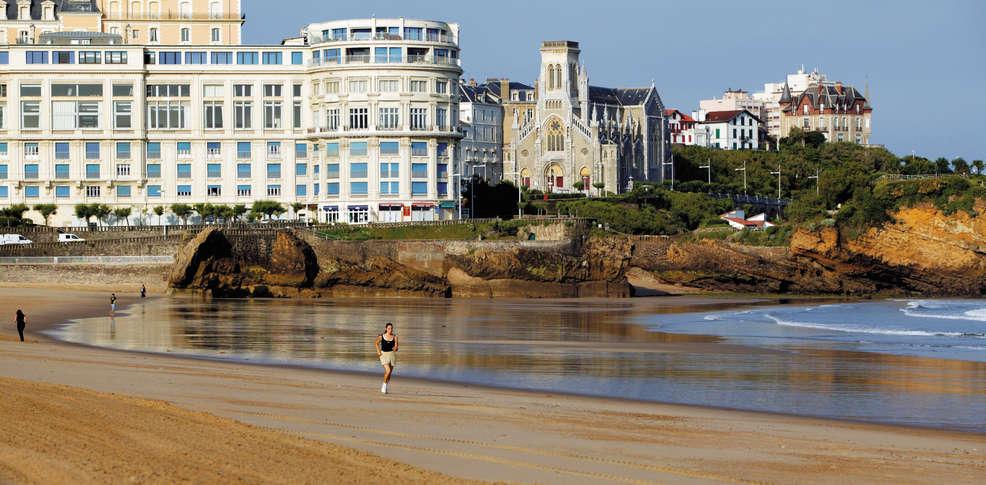 Grand Tonic Hotel Biarritz Booking