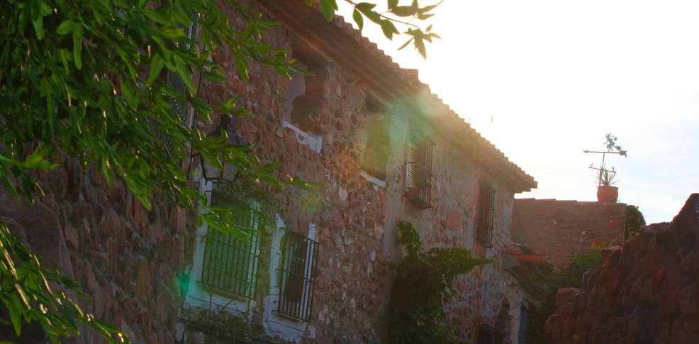 H tel el jard n vertical h tel de charme vilafam s for Hotel el jardin vertical vilafames