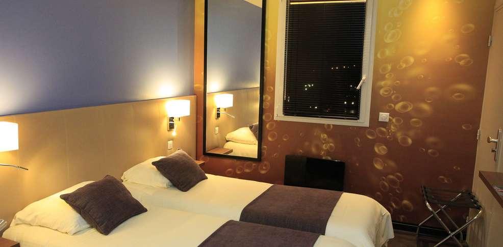 qualys hotel reims h tel de charme reims. Black Bedroom Furniture Sets. Home Design Ideas