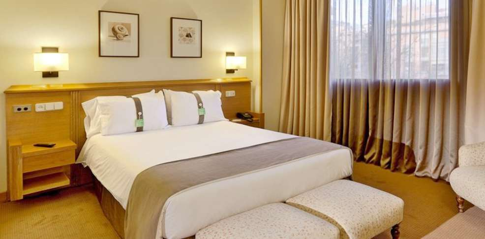 H tel holiday inn madrid pir mides h tel de charme madrid - Hotel piramide madrid ...