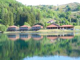 Week-end de charme au bord d'un lac dans le Cantal