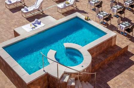Escapada refrescante en un hotel de diseño en Madrid