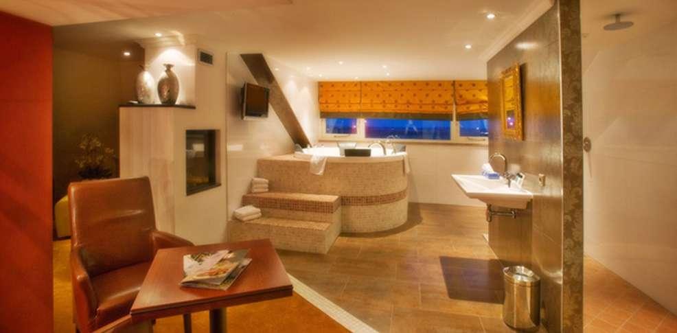 Van der valk hotel emmen h tel de charme nieuw amsterdam for Hotel jacuzzi privatif lorraine