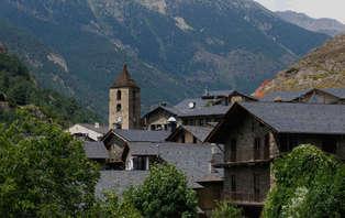 Escapada con cena y cava en Ordino- Andorra