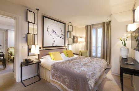Week-end romantique de luxe dans le quartier des Champs Elysées