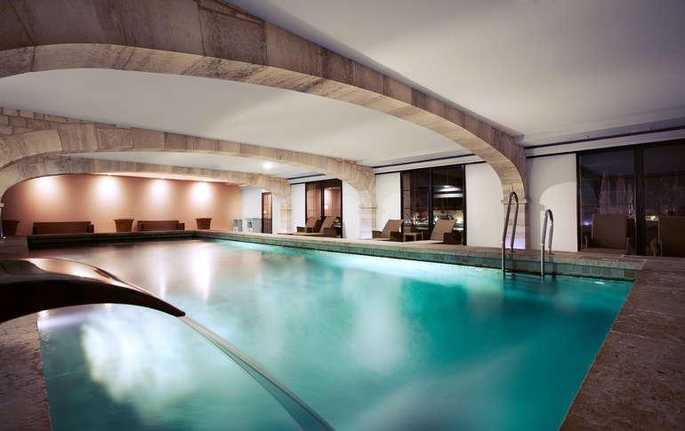 Hotel Madrid Avec Piscine Interieure