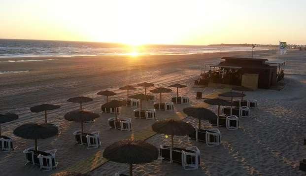 Escapada Romántica cerca de la playa de Chiclana de la Frontera: en Weekendesk por 74.94€
