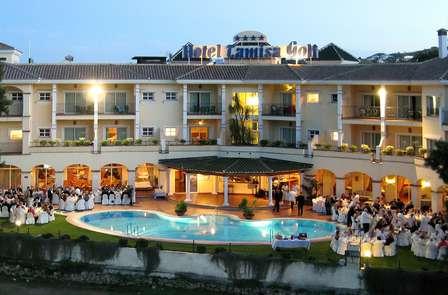 Mini Vacaciones románticas con media pensión en Mijas Costa